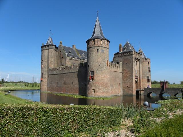 Muiderslot castle muiden, places monuments.