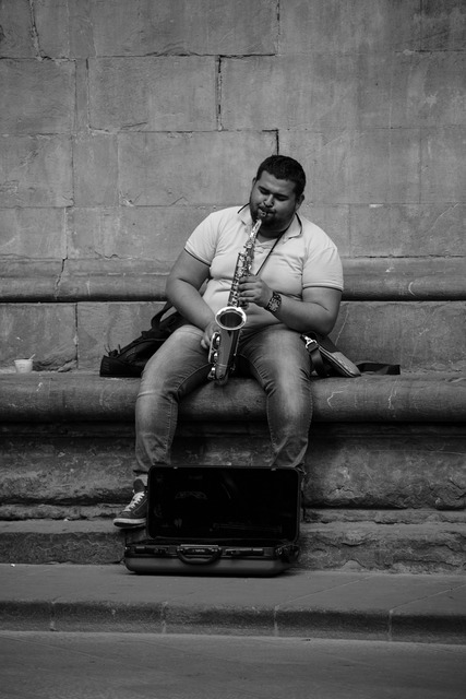 Musician street photography italy.