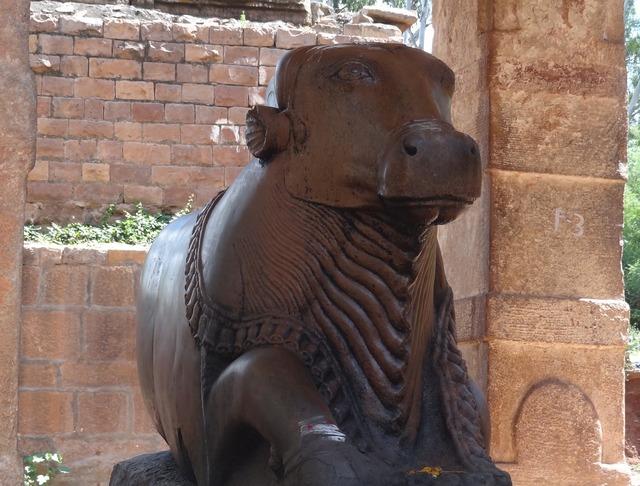 Nandi bull pattadakal, religion.