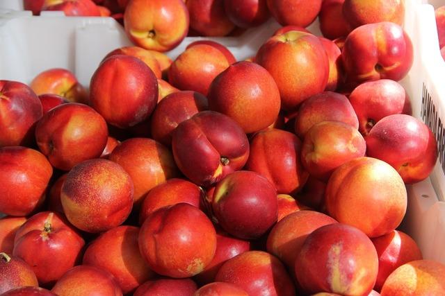 Nectarines peach fruit, food drink.