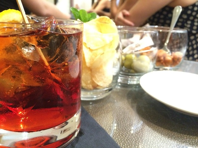 Negroni drink liquor, food drink.