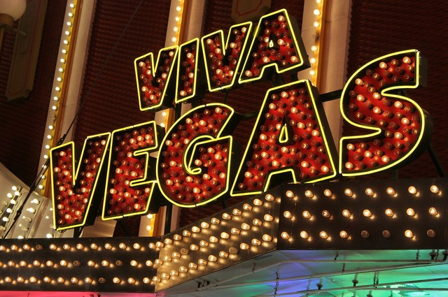 Neon sign viva, science technology.