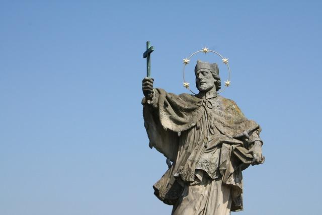 Nepomuk statue bridge, religion.