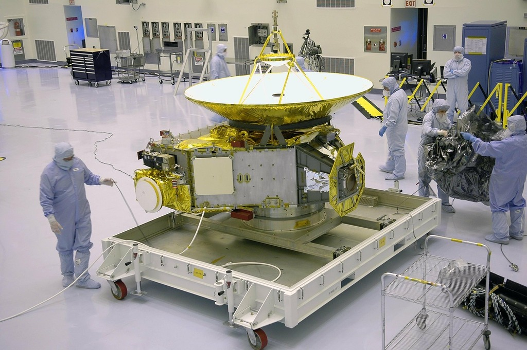 New horizons space probe nasa, science technology.