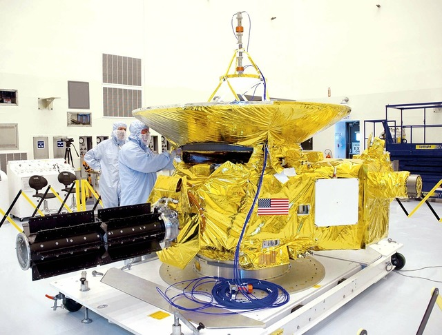 New horizons space probe nasa, science technology.