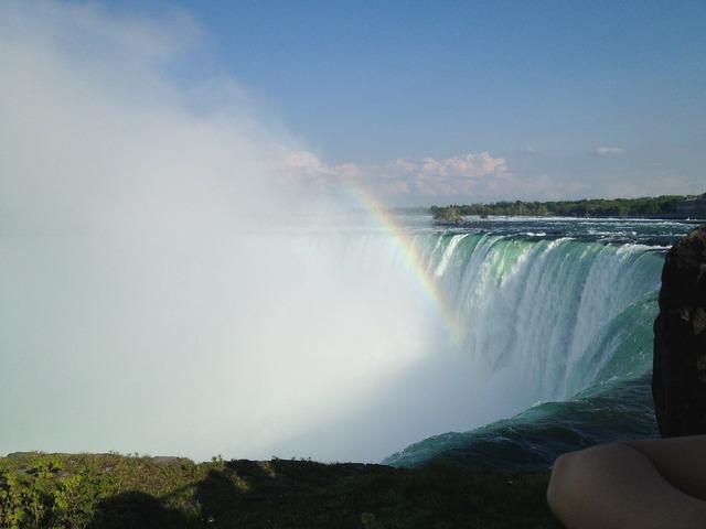 Niagara falls waterfall mist, travel vacation.
