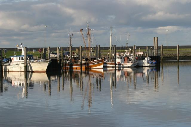 Norddeich north sea boats.
