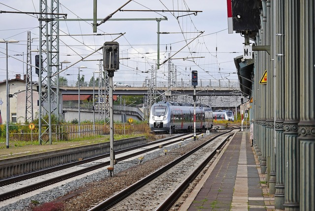 Nordhausen old railway station new vehicles, transportation traffic.