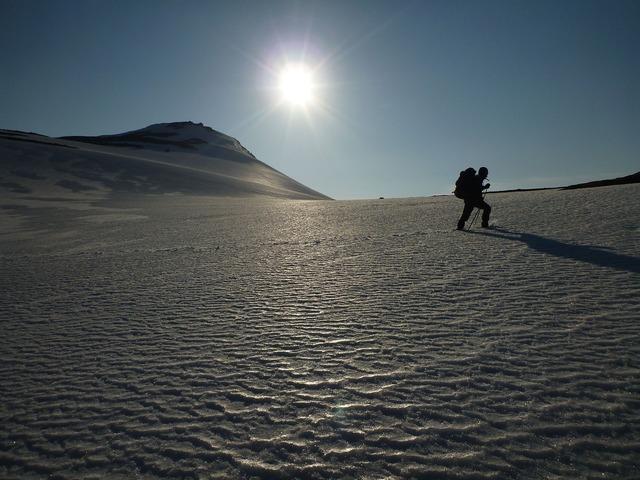 Norway traveler glacier, travel vacation.