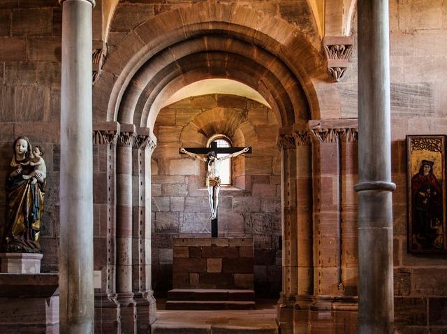 Nuremberg castle castle chapel, religion.