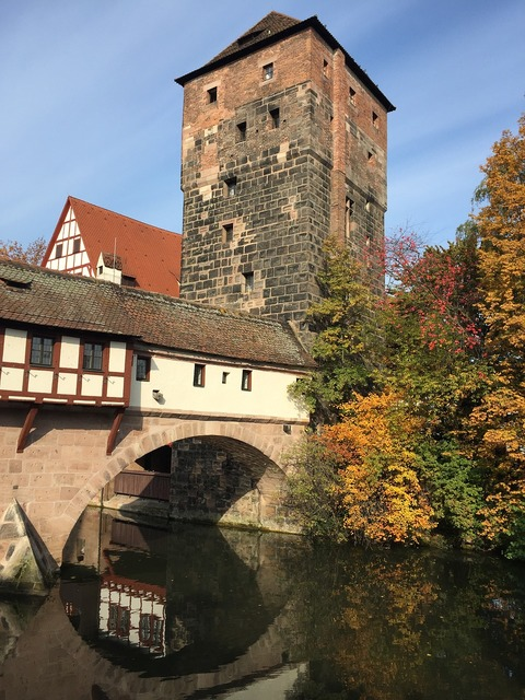 Nuremberg swiss francs middle ages, architecture buildings.