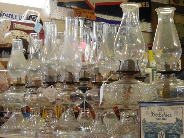 Oil lamps glass oil.