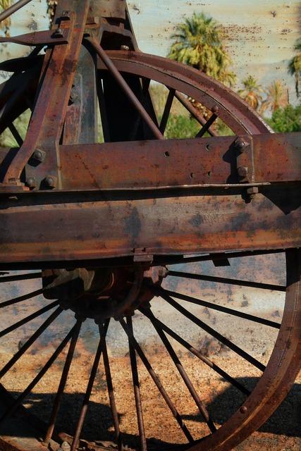 Old dinah steam tractor vintage, transportation traffic.