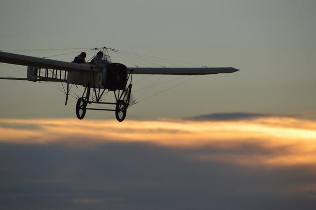 Oldtimer aircraft propeller plane, travel vacation.