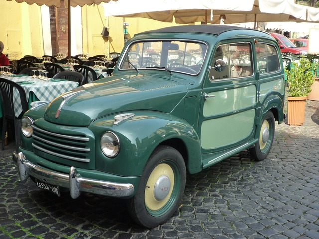 Oldtimer auto vintage car automobile.