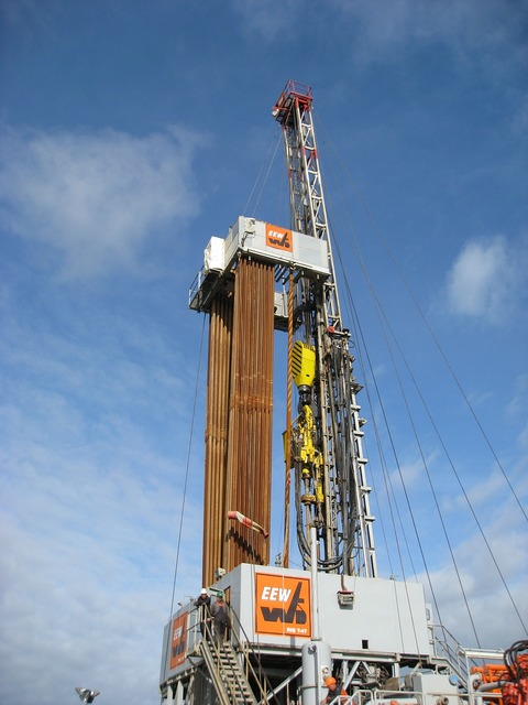 Onshore drilling rig.