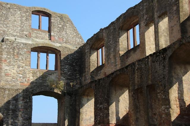 Oppenheim castle ruin.