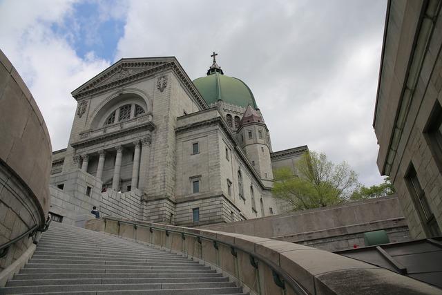 Oratory saint-joseph's oratory montreal, religion.
