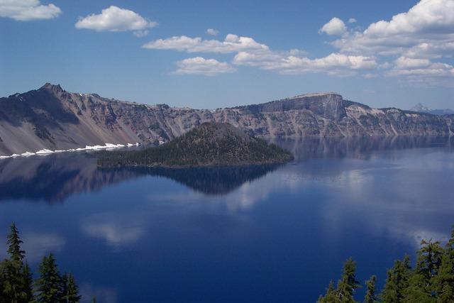 Oregon crater lake 2006.