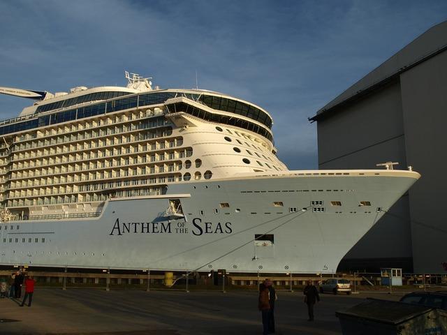 Ozeanriese anthem of the seas meyer shipyard.