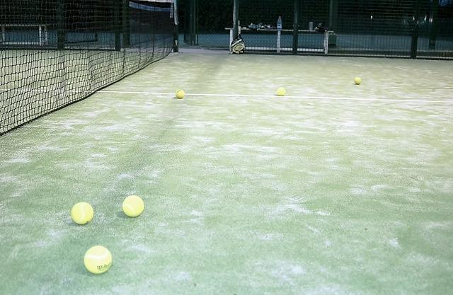 Paddle tennis tennis ball, sports.