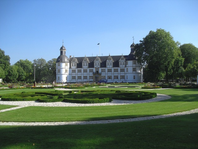 Paderborn germany neuhaus schloss, places monuments.