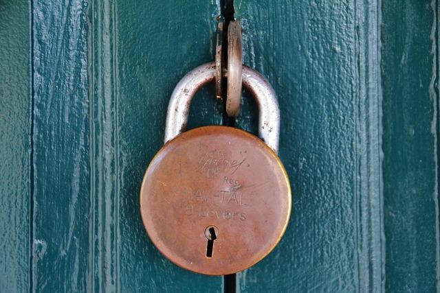 Padlock eight lever lock.