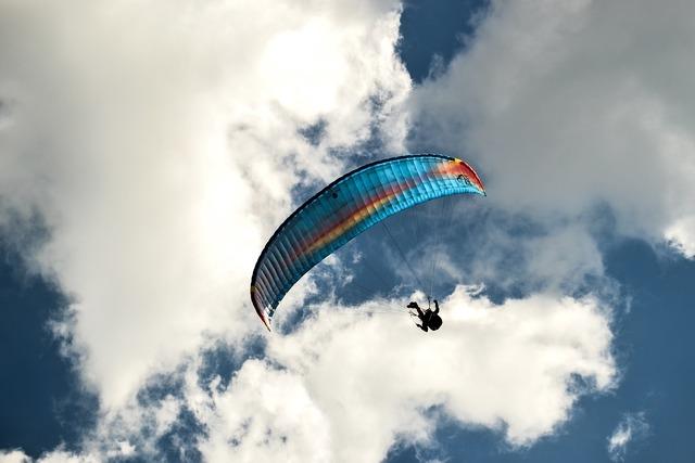 Parachute sky skydiving.