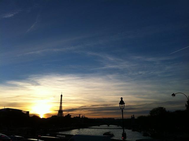 Paris france sena.