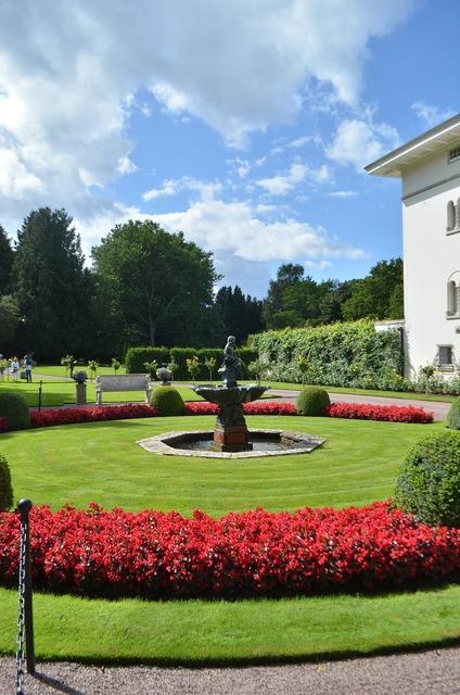 Park royal romance, architecture buildings.