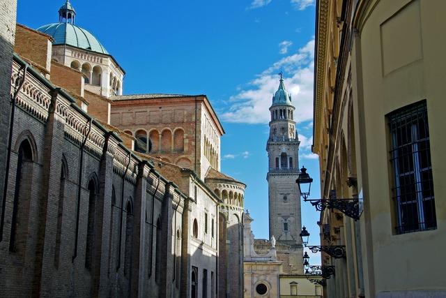 Parma cathedral of parma piazza del duomo, religion.