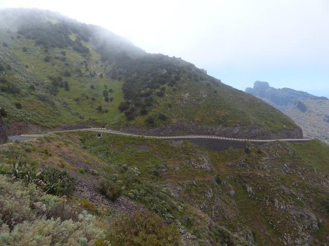 Pass road mountain road road, transportation traffic.