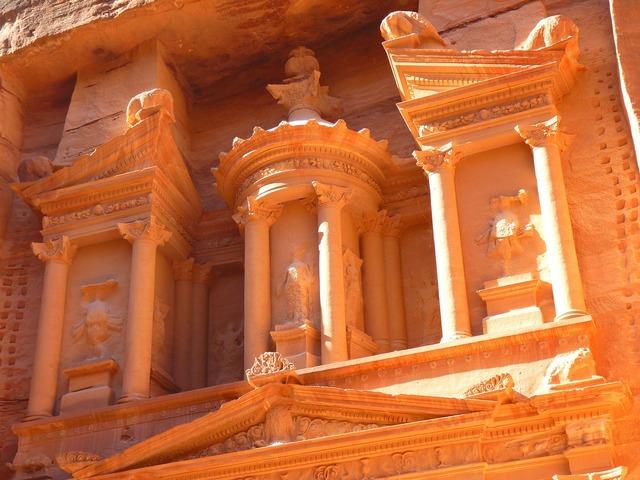 Petra jordan treasury, religion.