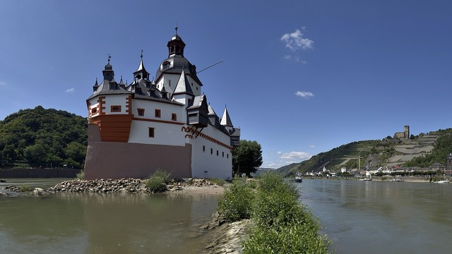 Pfalzgrafenstein rhine castle.