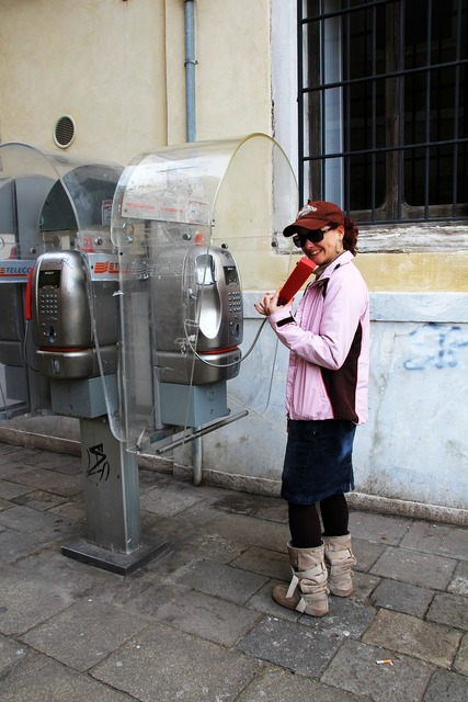 Phone phone booth italy, computer communication.