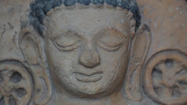 Phra tharup output statue macros, religion.