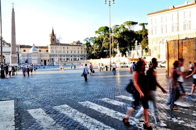 Piazza piazza del popolo rome, people.