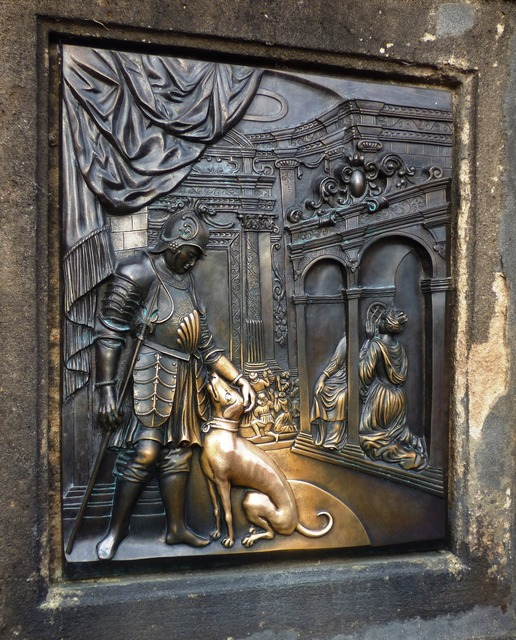 Picture sculpture emboss, animals.
