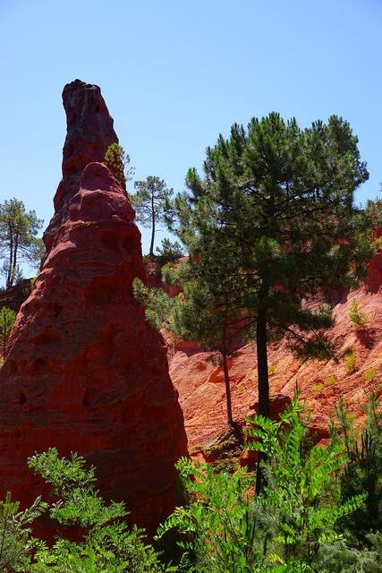 Pinnacle rock ocher rocks.