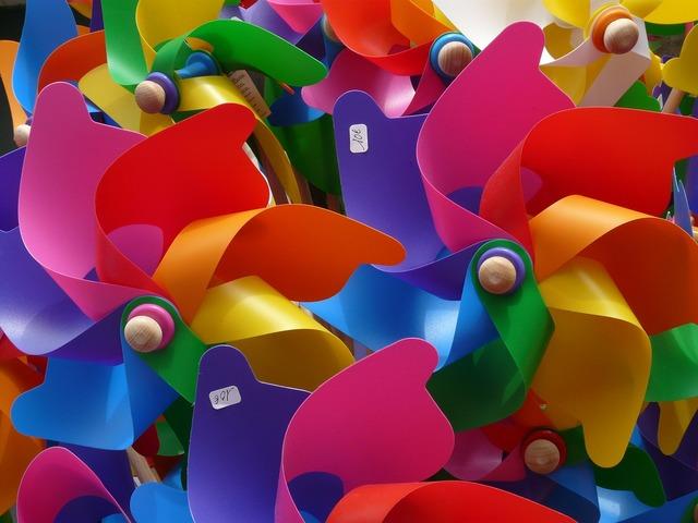 Pinwheel windräder colorful.