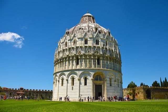 Pisa church tuscany, religion.