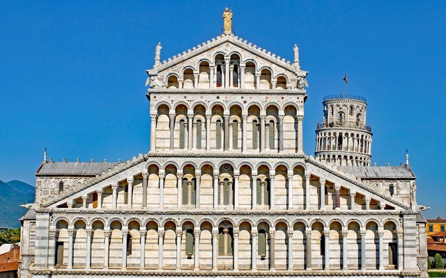 Pisa duomo cathedral, architecture buildings.