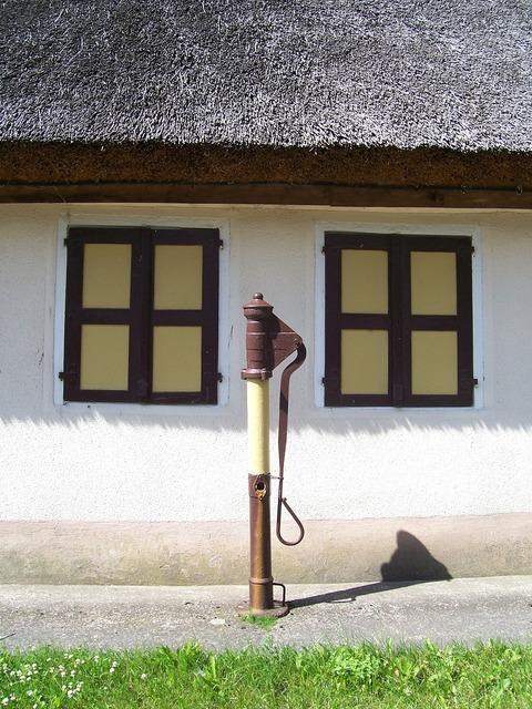Pivoting pump pump farmhouse, architecture buildings.
