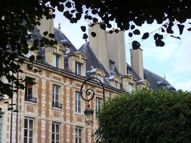Place des voges paris architecture, architecture buildings.