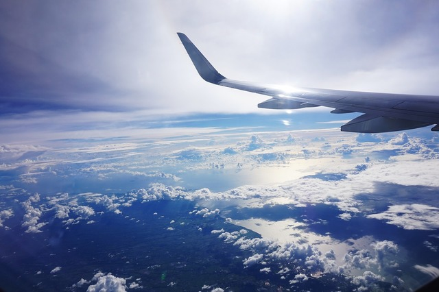 Plane flight cloud.