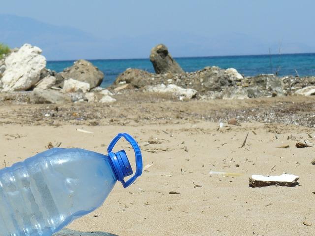 Plastic bottle bottle beach, travel vacation.
