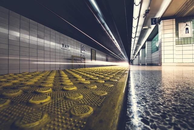 Platform underground subway, backgrounds textures.
