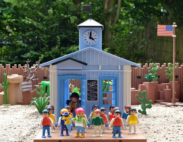 Playmobil western school, education.