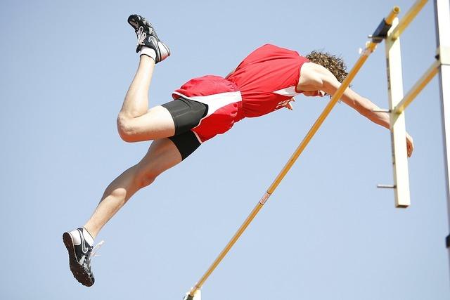 Pole vaulter athlete pole, people.