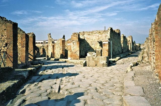 Pompei ruins italy.